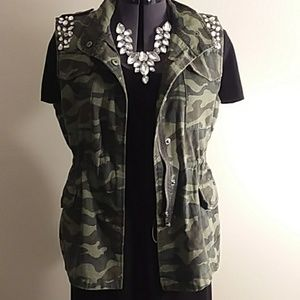 Jolt army fatigue vest
